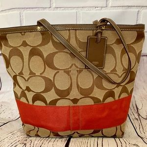 Perfect COACH XL Handbag